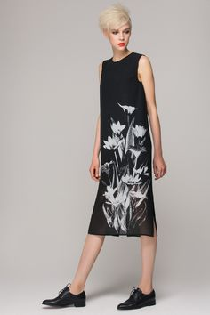 Shift dress in floral border print - FrontRowShop Featuring a Melanie Gow Design