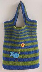 knit and felt overnight bag or handbag,     http://janesdesign.blogspot.com/