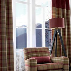 Our beautiful Balmoral Heather Curtain is perfect to create a cosy winter vibe in your home!