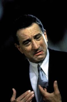 Robert De Niro in Goodfellas - Are you lookin' at me?I love that face! Movie Memes, Movie Stars, Movie Tv, Martin Scorsese, Melodie En Sous Sol, Don Corleone, Gangster Movies, Casino Movie, The Godfather