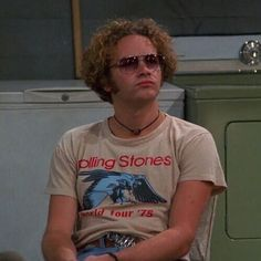 By far my fav Hyde That 70s Show, Thats 70 Show, Gilmore Girls, Movies Showing, Movies And Tv Shows, Eric Forman, Tao, 70s Aesthetic, Cinema Tv