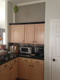 Sherwin williams functional gray to de pink pickled oak for Mauve kitchen walls