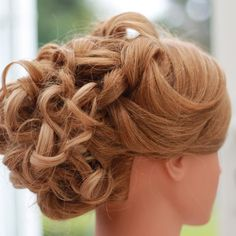 My model didn't have much conversation today  #mannequin #hairup #weddinghair #plaits #braiding #makeup #curls #boho #proms #specialoccasionhair  #longhair #shorthair #brunette #blonde #auburn #promhair #bridalhair