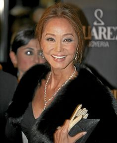 Isabel Preysler durante la fiesta de Suárez en el hotel Urban. 2007 FOTO: Kike Para.
