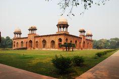 Mariam's Tomb:   Uttar Pradesh