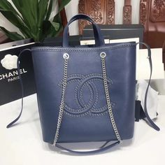 5221430f03e5 21 Best Chanel Women Handbags images | Bags, Tote Bag, Tote bags