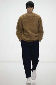 Lou Dalton Fall/Winter 2016-2017 Menswear Fashion Show