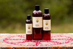 Pitta Massage Oil, 100% Organic formula.  Herb-infused Ayurvedic massage oil for treating skin issues such as eczema, psoriasis, dry/itchy skin, inflammation and arthritis.  Available in 4oz, 8oz and 16oz bottles.