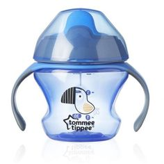 Tommee Tippee Age Blue Baby Cup 4 Months+ is ideal for the transition bottle-cup of your toddler. Ergonomic and with a soft beak, the cup adapts to your child's mouth without attacking his gums. Fisher Price, Month Colors, Baby Bottles, Kids Learning, Baby Boy, Ebay, Products, Drinkware, Learning