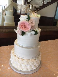 Rustic Wedding Cake. Simple Wedding Cake. Rosette Cake. Swipe Pattern Cake. Wedding Cake. Summer Wedding Cake. Real Flower Wedding Cake.