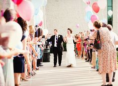 Balloon Wedding Send-Off Ideas.  Everybody gets a balloon and when they are married they all release!!!!