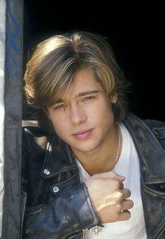 A Young Brad Pitt❤💋😎!!! cf. X23 Logan, Junger Brad Pitt, Johnny Depp Leonardo Dicaprio, Brat Pitt, Hollywood Actor, Pretty Boys, Gorgeous Men, Handsome, Hair Beauty