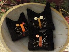 Primitive Kitty Cat Halloween Herbst Bowl Fillers primitive Katzen … … – The World Cat Crafts, Crafts To Make, Wood Crafts, Softies, Recetas Halloween, Wooly Bully, Primitive Crafts, Primitive Snowmen, Primitive Christmas
