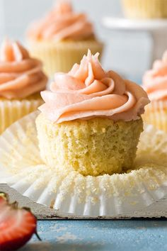 6 Cupcake Recipe, Easy Cupcake Recipes, Cake Recipes From Scratch, Frosting Recipes, Cookie Recipes, Dessert Recipes, Desserts, Homemade Vanilla, Homemade Cakes