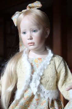 Winter Sunshine. Авторская фарфоровая кукла Jeanne Gross   Doll Art Guru