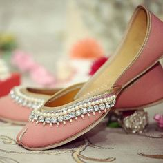 Beaded Indian Wedding Juttis Traditional Indian shoes - ladies shoes of Punjab Click visit link for more details. Get your punjabi jutti today. Shoe Boots, Shoes Heels, Pumps, Indian Bridal Week, Lehenga, Indian Shoes, Indian Jewelry, Peep Toe, Indian Accessories