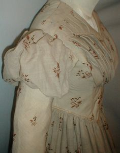 """sleeve detail - Circa 1835-1840 Printed Challis Dress Museum de Accessioned 
