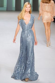 elle saab Glamorous Dresses, Beautiful Dresses, Amazing Dresses, Beautiful Things, Elie Saab Spring, Ellie Saab, Sequin Gown, Pretty Outfits, Amazing Outfits