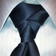 The Eldredge. Follow me on instagram @VirtualAlex #tie #knot #eldredge