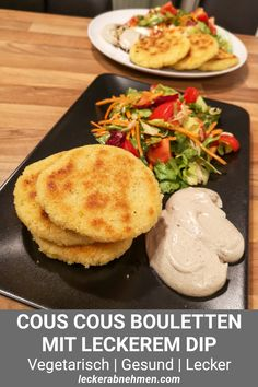 Diese Kartoffel Cous Cous Laibchen sind ein leckeres Fitness Rezept, das vegetar… These Potato Cous Cous pancakes are a delicious fitness recipe that's both vegetarian and healthy. The fast made Taler are perfect for lunch or dinner. Potato Patties, Eating Plans, Eating Habits, Food Inspiration, Good Food, Food And Drink, Zucchini, Healthy Recipes, Meals