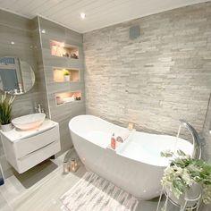 Bathroom Design Luxury, Bathroom Layout, Modern Bathroom Design, Home Interior Design, Bathroom Grey, Bathroom Inspiration, Home Decor Inspiration, Home Decor Shops, Beautiful Bathrooms