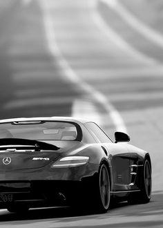 hyper-caine:  Mercedes Benz SLS AMG   Source   HC