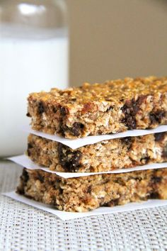 Soft and Chewy Protein Granola Bars -- gluten-free, egg-free, and made with no added sugar. A perfectly nutritious and delicious snack.