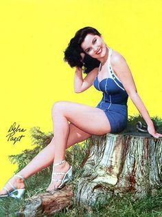 Debra Paget, love that swimsuit!!!