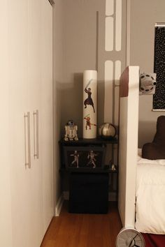 Star Wars Boys Bedroom - I like the walls painted to give the feel of a space ship without being cold.