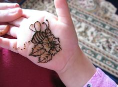 Simple and Beautiful Kids Henna Designs for Hand