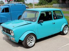 I'm back from my break with a proper Clubby Beasty! Love the colour and the styling is wicked. Proper my Cupa-T 😁 Have a great day folks Mini Cooper Classic, Classic Mini, Classic Cars, Mini Clubman, Mini Coopers, Mini S, My Ride, Cool Cars, Garage Ideas