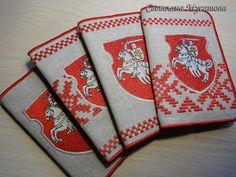 """От цифры к стежку: Льняные обложки на паспорт с гербом """"Погоня"""""""