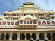 #City Palace : A pleasant mix of Mughal and ancient #Rajasthani design, #Palace sprawls over common fraction of the realm within the walled city. It homes the #ChandraMahal, #ShriGovindDevTemple and also the town Palace deposit.