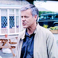 News, pictures and info for fans of the gorgeous and talented British actor Rupert Graves Sherlock Holmes Bbc, Sherlock Fandom, Jim Moriarty, Sherlock Actor, Benedict Sherlock, Benedict Cumberbatch, London Calling The Clash, Rupert Graves, Sherlolly