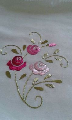 Embroidery On Kurtis Embroidery Neck Designs Zardozi Embroidery Embroidery On Clothes Embroidery Motifs Embroidery Stitches Tutorial Beaded Embroidery Freehand Machine Embroidery Sewing Pants Floral Embroidery Patterns, Embroidery Flowers Pattern, Flower Embroidery Designs, Hand Embroidery Patterns, Vintage Embroidery, Ribbon Embroidery, Embroidery Supplies, Indian Embroidery, Free Machine Embroidery Designs