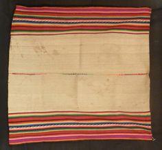 Awayu. Llijlia. Paño. Cultura Aymara. Materiales: Textil  Periodo: Subactual. Etnográfica