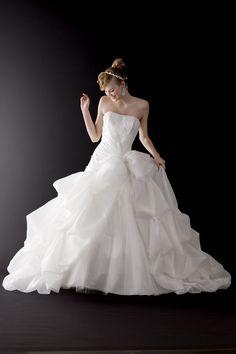 ララシャンス太陽の丘 vieuxparis  オリジナルウエディングドレスは購入出来ます! 076-224-5123まで!