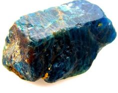 APATITE SPECIMEN UNTREATED BRAZIL 185.70   CTS- SHOW apatite , apatite gemstone,apatite specimen