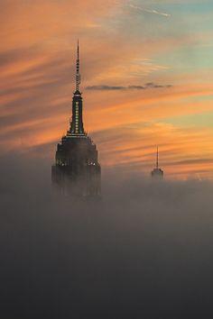 The fog often ate manhattan by manhattan-madison-avenue #newyorkcityfeelings #nyc #newyork