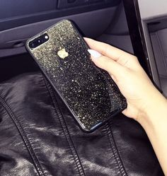 ♔ ♔ Please note that the Black iPhone 7 Plus in the display photo has a 24K Apple Emblem Crushed Gold Vinyl. If you would like to purchase the gold emblem itself ($9.99) or a Package of the Bright Moon design case with the gold apple emblem, please review