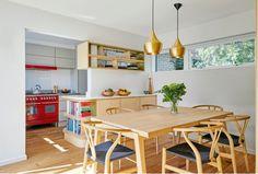 O casă din anii 60 adaptată la zilele noastre – Fabrika de Case