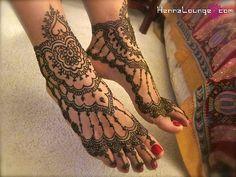 Henna feet...love this!