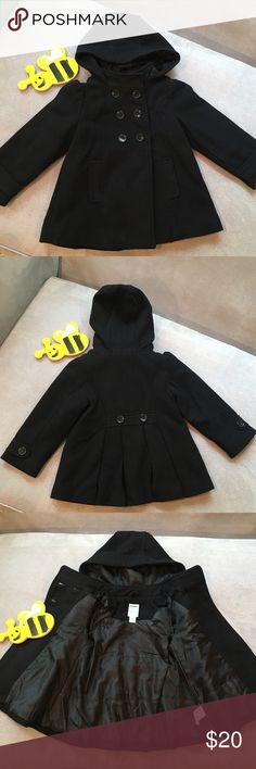 Old Navy Hooded Wool-Blend Pea Coat Black 3T Old Navy Hooded Wool-Blend Pea Coat Black Size 3T (Shell: 40% Wool 38% Polyester 13% Acrylic 9% Other Fibers / Dry Clean Only)  • Gently Loved • Old Navy Jackets & Coats Pea Coats