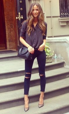 @ariellenachmani in 8227 Photo Ready Ankle Skinny in Blue Mercy. #JBRAND