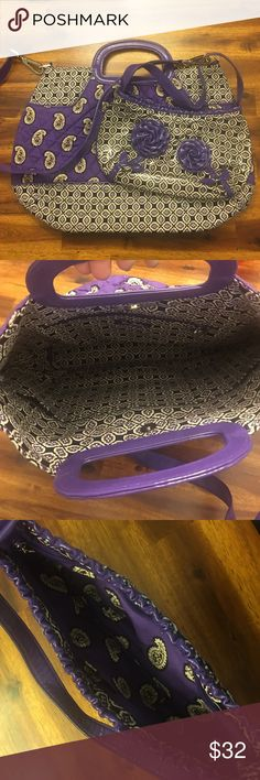 💟 Bundle and save! Vera Bradley purse set Purchase both for one low price. Please comment below if you're interested in purchasing and I will switch to available. Brand new condition, never been used. Vera Bradley Bags Shoulder Bags
