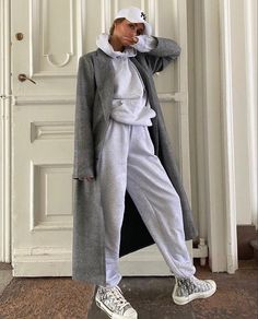 Outfits Otoño, Tomboy Outfits, Fashion Outfits, Fashion Shoot, School Outfits, Look Fashion, Winter Fashion, Fashion Women, Comfy Travel Outfit