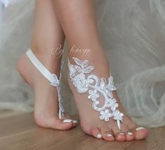 ByVivienne Original Design // Free Ship White Black or ivory  Champagne wedding barefoot sandals,  Beach wedding barefoot sandals,