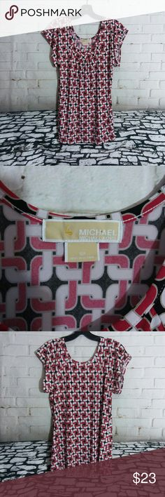 "Micheal Kors Womens Small Scoopneck Blouse 16"" across & 20.5"" in length, 94% polyester & 6% spandex, RN 111818 CA 45885, No rips or stains Michael Kors Tops Blouses"