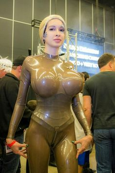 What if Seven of Nine looked like this?