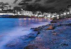 #FRACT_ALL ___Διήγημα: «Η πειραϊκή ξυπνάει από τη θάλασσα»  Του Πέτρου Κυρίμη  http://fractalart.gr/petros-kyrimis/